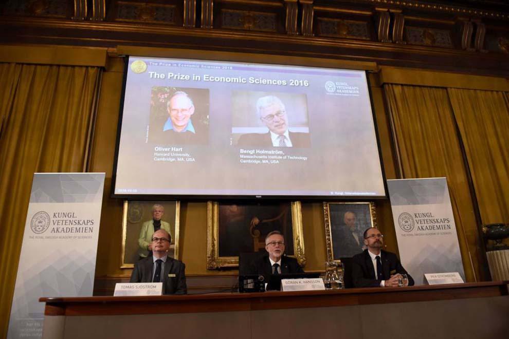 Nobel-economía-por-Teoría-del-Contrato-UNAMGlobal