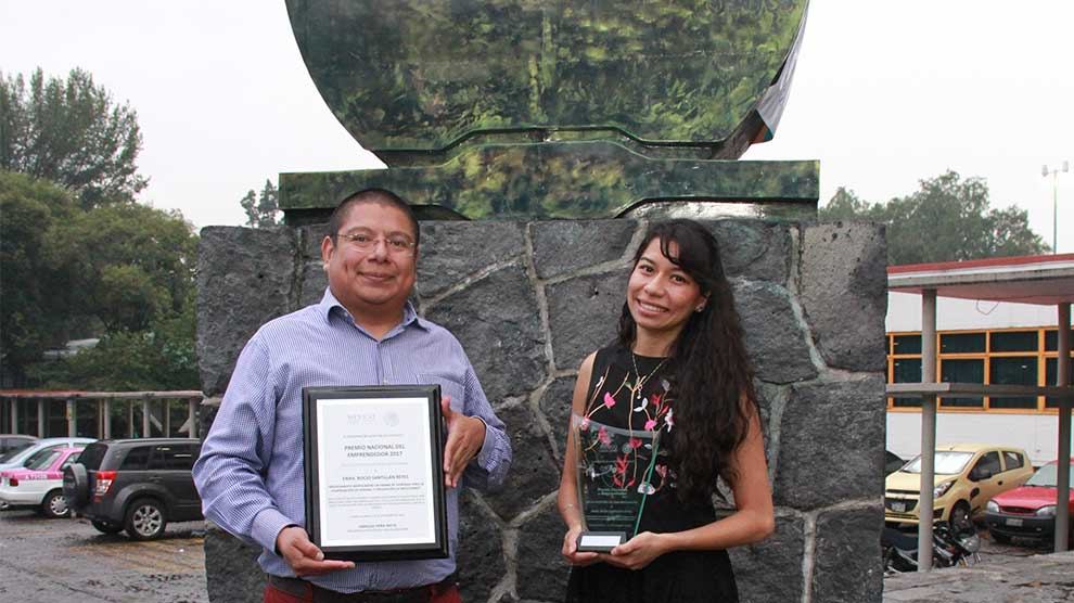 Premio-del-emprendedor-2017-Erika-6-UNAMGlobalR
