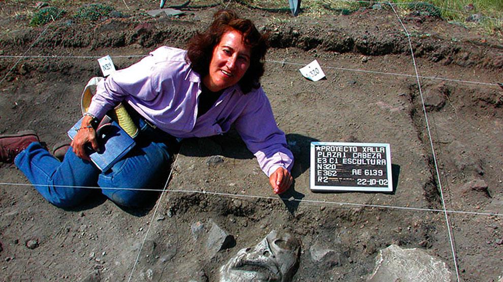 Linda-Manzanilla-mujer-siglo-XXI-puede-estudiar-UNAMGlobalR