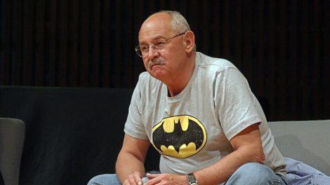 hombre-murciélago5-aniversario-reflexión-escritores-UNAMGlobal