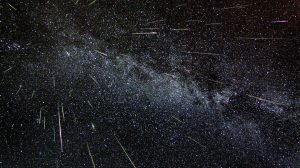 Lluvia-de-estrellas-Acuáridas-UNAMGlobal