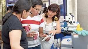 feria-vinculación-química-vistas-laboratorios-información-UNAMGlobal