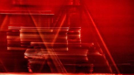 montaje3-unipersonal-reflexiones-existencialistas-Salinas-director-UNAMGlobal