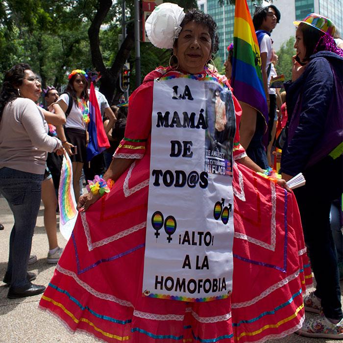derechos32-comunidad-LGBTTTI-respeto-manifestación-UNAMGlobal