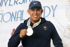 luchas-asociadas-medallista-Eddie-Corona-UNAMGlobal