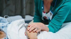 cuidados2-paleativos-muerte-digna-eutanasia-UNAMGlobal