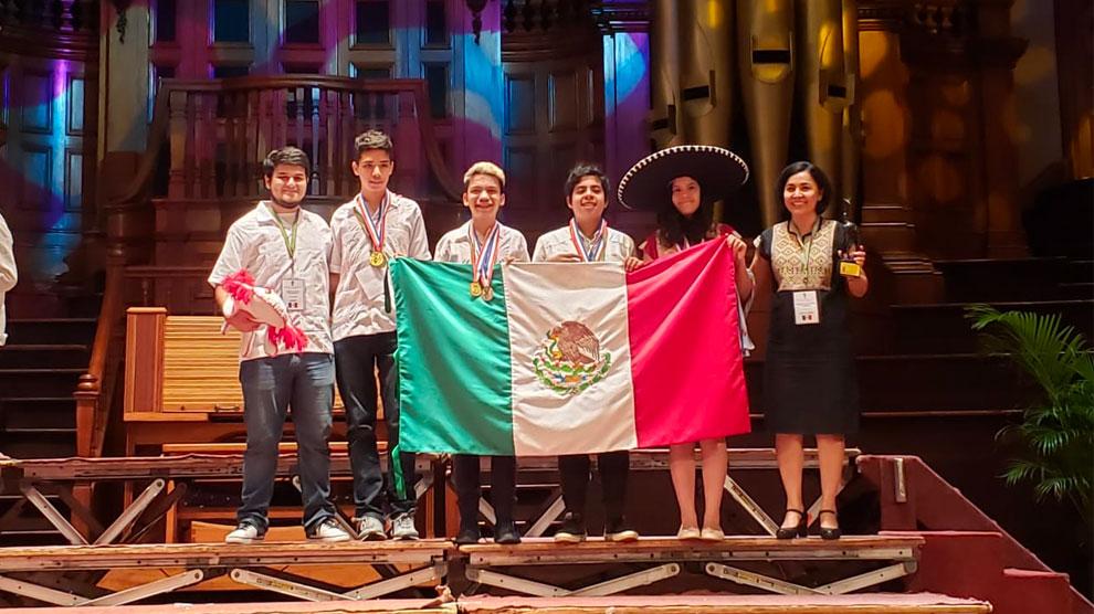 niños8-genio-oro-matemáticas-certamen-UNAMGlobal