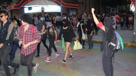 pañuelos7-verdes-violencia-mujeres-feministas-UNAMglobal