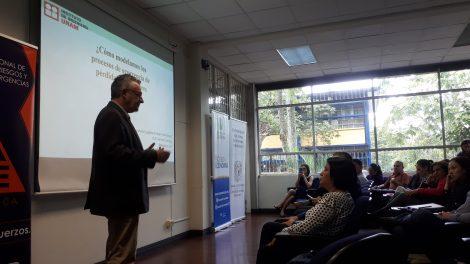 conferencias-UCR-experiencias-economía-riesgos-UNAMGlobal