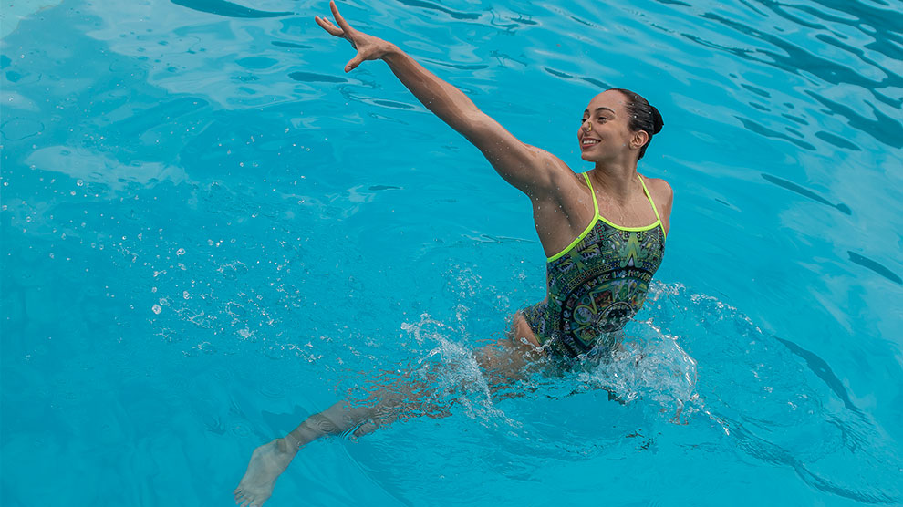 natación2-oro-artístico-anapaula-prepa2-UNAMGlobal