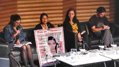 normalistas10-desaparecidos-Ayotzinapa-homenaje-AiWeiwei-UNAMGlobal