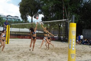 culmina-voleibol-playa4-juegos-universitarios-atletas-auriazules-UNAMGlobal