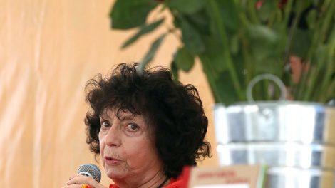 escritora2-LuisaValezuela-Premio-CarlosFuentes2019-UNAMGlobal