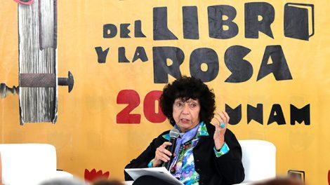 escritora8-LuisaValezuela-Premio-CarlosFuentes2019-UNAMGlobal