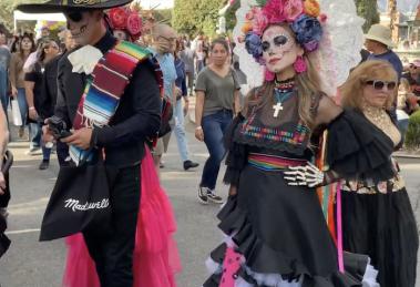 fusión-cultura-estadounidense-mexicana-día-muertos-LosÁngeles-UNAMGlobal