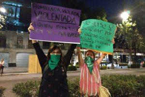 Marchas-contra-la-violencia-de-género-14-300x200